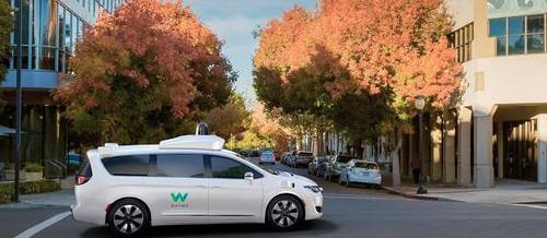 Google in Fiat Chrysler najavila tesno sodelovanje